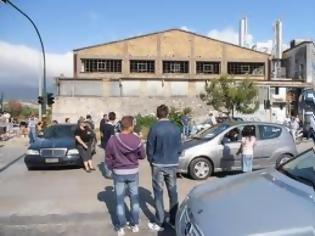 Φωτογραφία για ΕΚΤΑΚΤΟ: Η ΕΛ.ΑΣ φυγαδεύει τους λαθρομετανάστες της Πάτρας