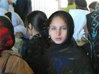 Φωτογραφία για Αφγανιστάν: Δεκάδες μαθήτριες νεκρές από τοξική σκόνη