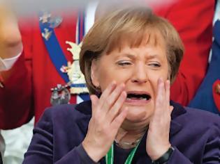 Φωτογραφία για Μπορούμε να ξεπεράσουμε τα 2000 likes στην φωτογραφία με το κλάμα της Μέρκελ;