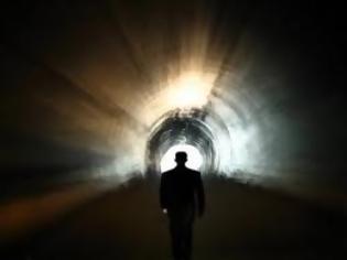 Φωτογραφία για Επιθανάτια εμπειρία: Τι συμβαίνει όταν πεθαίνεις;