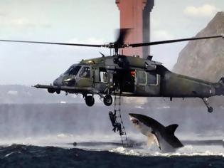 Φωτογραφία για ΑΠΙΣΤΕΥΤΗ ΦΩΤΟΓΡΑΦΙΑ: Καρχαρίας...εναντίον ελικοπτέρου!