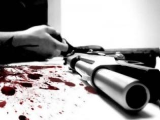 Φωτογραφία για Έλληνας εφοπλιστής έκοψε σε λωρίδες 500.000 ευρώ και αυτοκτόνησε!