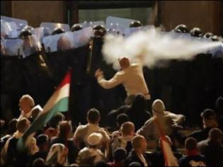 Φωτογραφία για Το Ηχηρό Χαστούκι της Ουγγαρίας σε Ε.Ε και ΔΝΤ...κάνει τον γύρο του κόσμου.. «ΑΡΚΕΤΑ ΜΑΣ