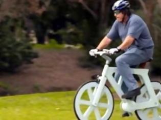 Φωτογραφία για Χαρτονένιο ποδήλατο αλλάζει τις μετακινήσεις