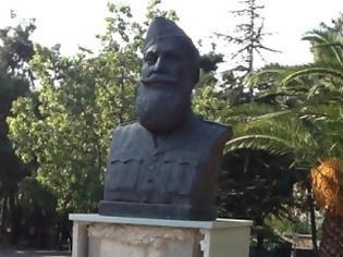 Φωτογραφία για Βανδάλισαν την ιστορία και την εθνική αντίσταση καταστρέφοντας την προτομή του Στρατηγού Ναπολέων Ζέρβα στην Αθήνα