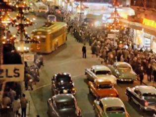 Φωτογραφία για Αυτή είναι η φωτογραφία της Αθήνας που από χθες όλοι κάνουν wallpaper!