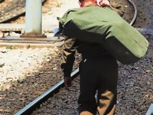 Φωτογραφία για Κατέβασαν στρατιώτη από το τρένο!!!