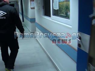 Φωτογραφία για Πρέβεζα: Αγανακτισμένος πατέρας ζητά γιατρό για το παιδί του στο Νοσοκομείο [Video]