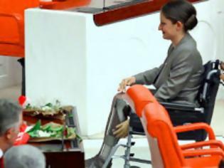 Φωτογραφία για Μια σπουδαία γυναίκα στην τουρκική Εθνοσυνέλευση