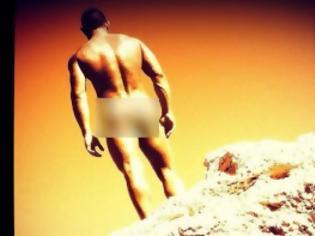 Φωτογραφία για Σκανδαλίζουν οι γυμνές φωτογραφίες Έλληνα δημοσιογράφoυ και πρώην παρουσιαστή!