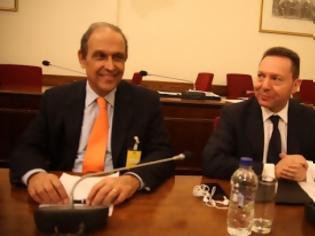 Φωτογραφία για Την παραίτηση του προέδρου του ΤΑΙΠΕΔ ζήτησε ο Γιάννης Στουρνάρας