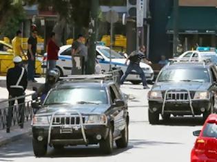 Φωτογραφία για Οι αστυνομικοί δεν ήξεραν ποιον πήγαν να συλλάβουν - Πως αντέδρασε ο Ν. Μιχαλολιάκος