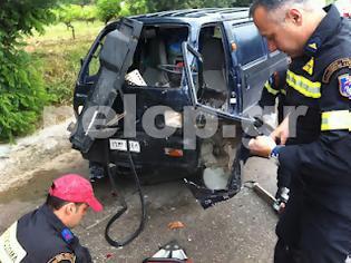 Φωτογραφία για Πάτρα: Τροχαίο ατύχημα με παγιδευμένο 22χρονο. Καρέ - καρέ ο απεγκλωβισμός - ΒΙΝΤΕΟ